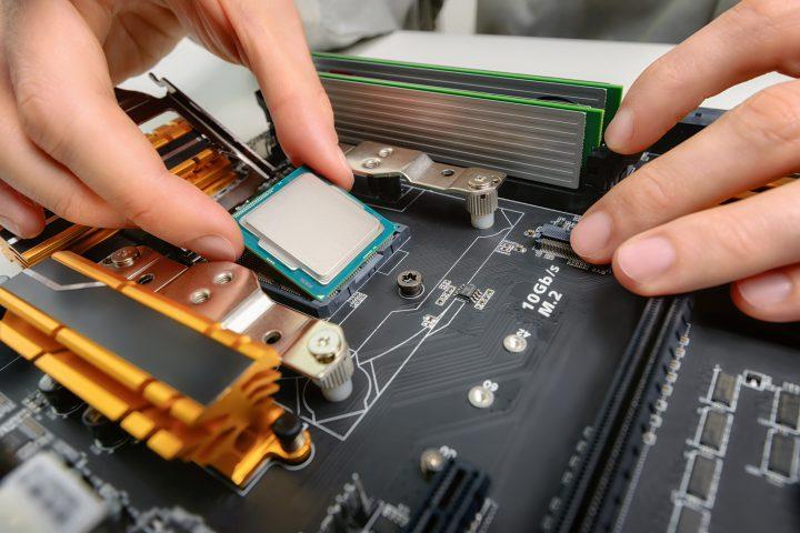 Soll Ihr neuer PC ganz auf Sie zugeschnitten sein oder benötigen Sie passendes Zubehör für Ihr MacBook? Bei mir gibt es vollen Service, auf Wunsch inklusive Lieferung und Einrichtung.